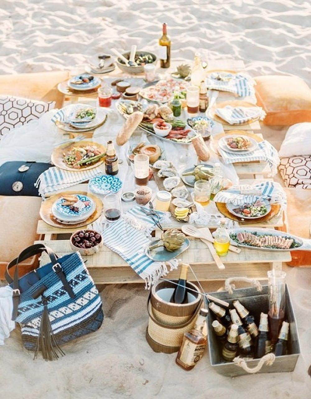 Tips to help bring your rehearsal dinner plans together: A Casual Beach Side Picnic