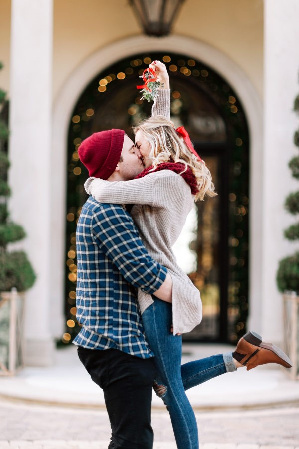 Holiday Proposals: Kayla Snell Photography