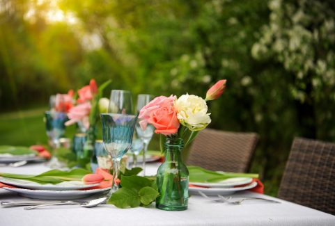 A Summer Soiree Tablescape Design in Bath, Ohio